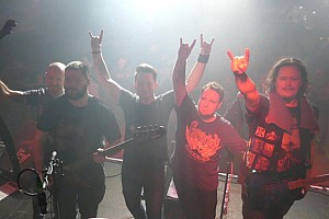 ROCKNIGHT MIT LOST THERAPY & SURRENDER THE CROWN